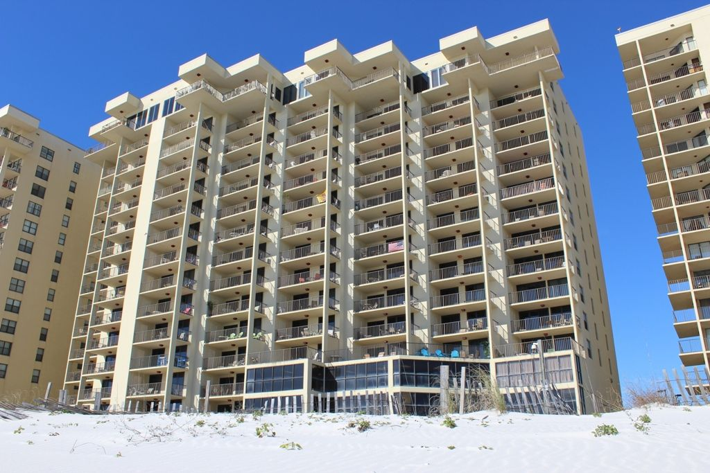 Phoenix Ii 2 Has Beautiful And Ious Beach Condos With Gulf Front Views Immediate Boardwalk Access