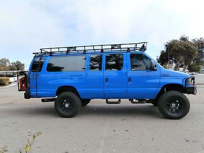 Ford Econoline 4x4 With Images 4x4 Van Vans Ford Van