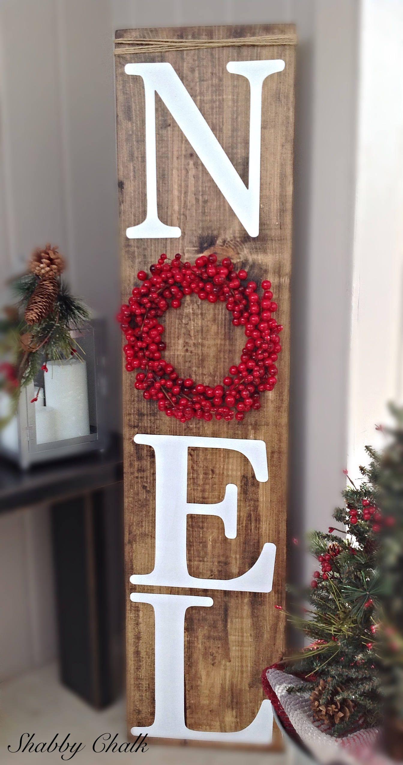 Sucre D Orge Exterieur noel porch sign with berry wreath | deco noel exterieur