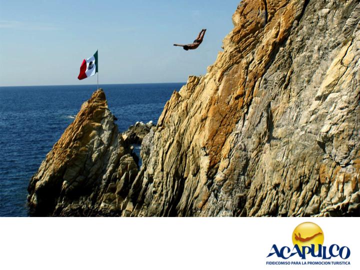 #informacionsobreacapulco La Quebrada. NOTICIAS DE ACAPULCO. En lo que se conoce como el Acapulco Tradicional y en donde se encuentran Caleta y Caletilla está la Quebrada, un tradicional lugar que no pueden perderse la oportunidad de conocer visitantes Nacionales y Extranjeros, y en el cual los clavadistas realizan una exhibición de valentía y destreza, arrojándose de una gran roca que cuenta con 35 metros de altura; ahí también puedes cenar mientras ves el espectáculo.¡Visita Acapulco…