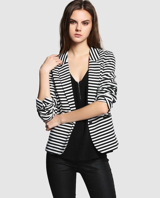 8845f2e5e Blazer de mujer Naf Naf de rayas en blanco y negro | Blazer ...