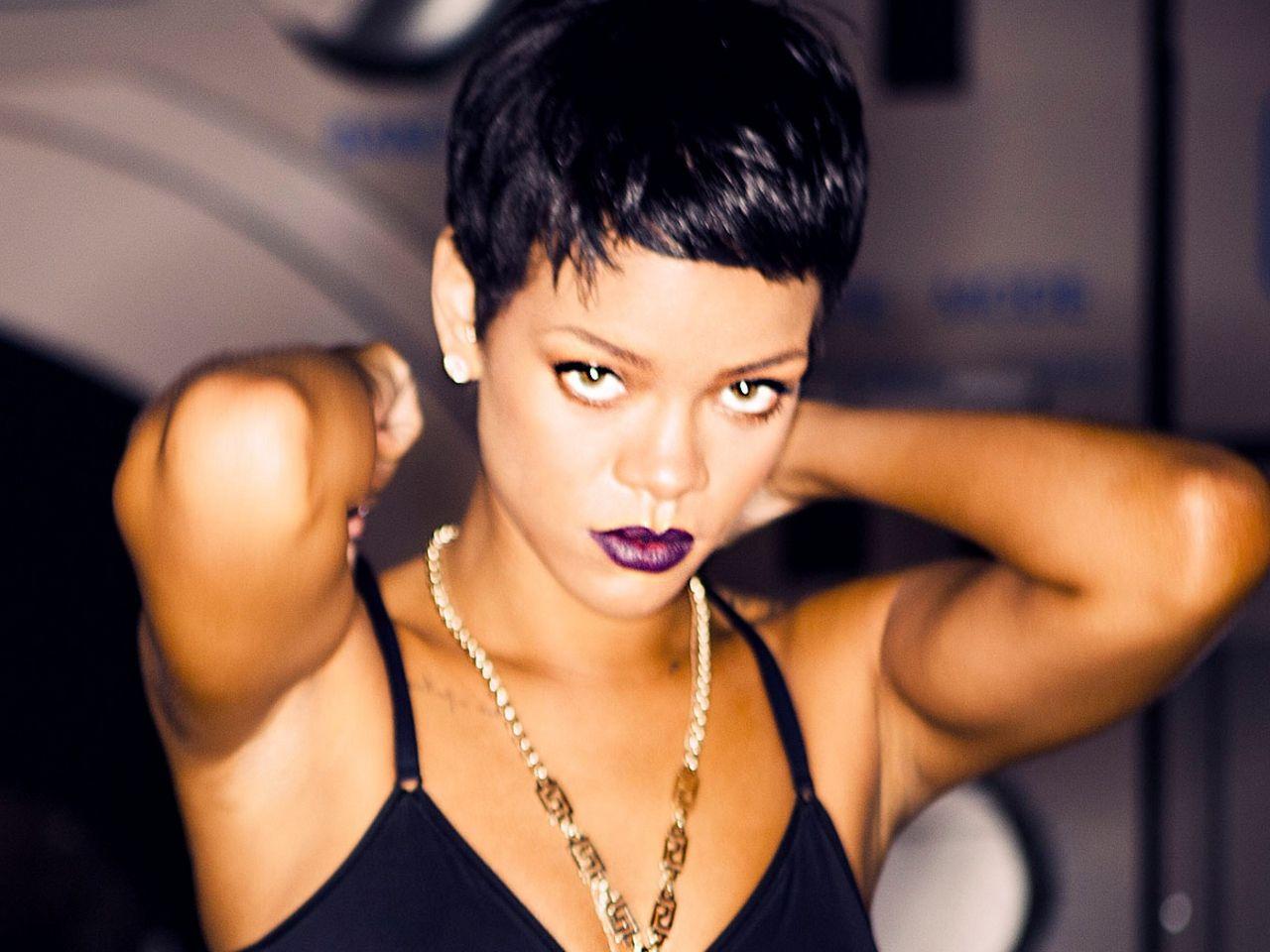 Rihanna Wallpaper Rihanna Unapologetic Promo Rihanna Short Hair Rihanna Hairstyles Short Hair Styles