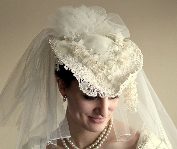 Gorgeous Vintage Wedding Hat by UptownVintage on Etsy 3f0b6605bca