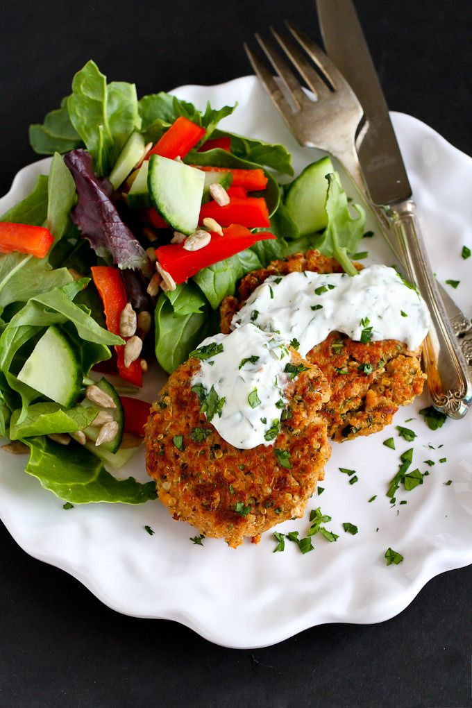 Moroccan Salmon Patties…This economical and classic meal gets an extra kick of flavor from Morpccan-inspired spices! 235 calories and 5 Weight Watchers SmartPoints -