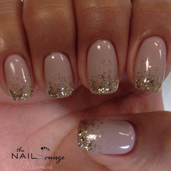 puntas de las uñas de gel de brillo