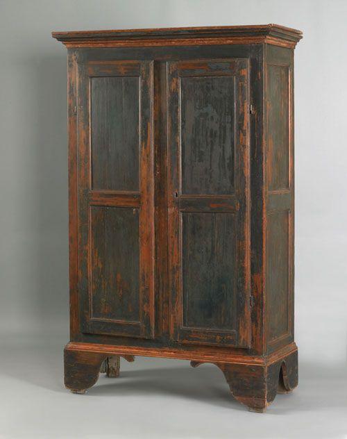 Painted Pine Wall Cupboard Ca 1800 Retaining Its Original Green Painted Surface 71 H X 41 W Meubles Antiques Mobilier De Salon Meuble Et Armoire