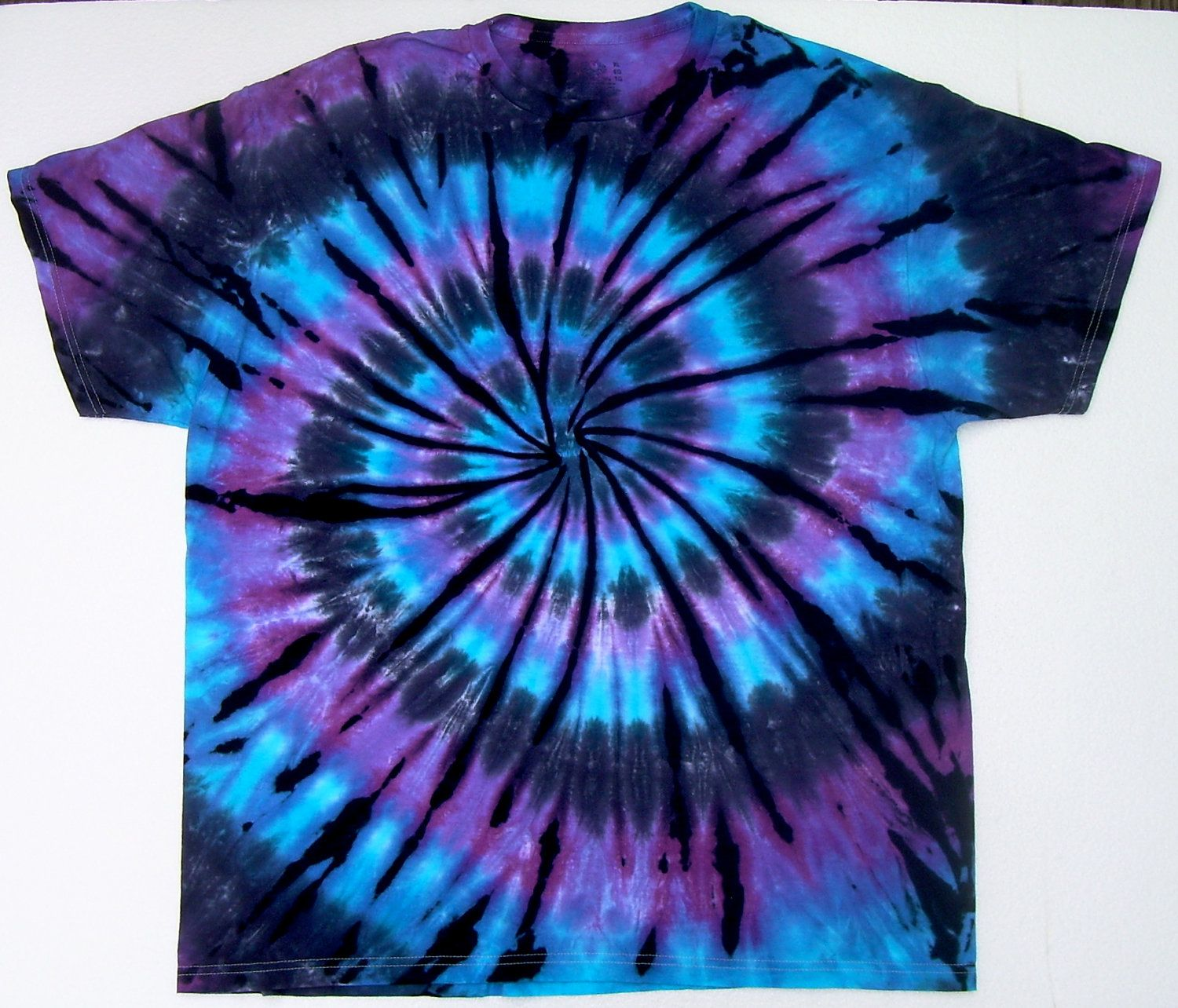 tie dye on pinterest tie dye shirts sharpie tie dye and tie dye. Black Bedroom Furniture Sets. Home Design Ideas