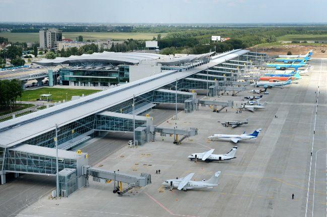 Boryspil International Airport, Ukraine - avg. WiFi client satisfaction rank 5/10. Avg. download 5.77 Mbps, avg. upload 5.59 Mbps. rottenwifi.com