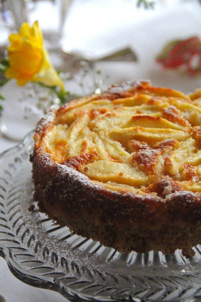 Torta di mele gluten free con farina di mandorle | Dolci ...