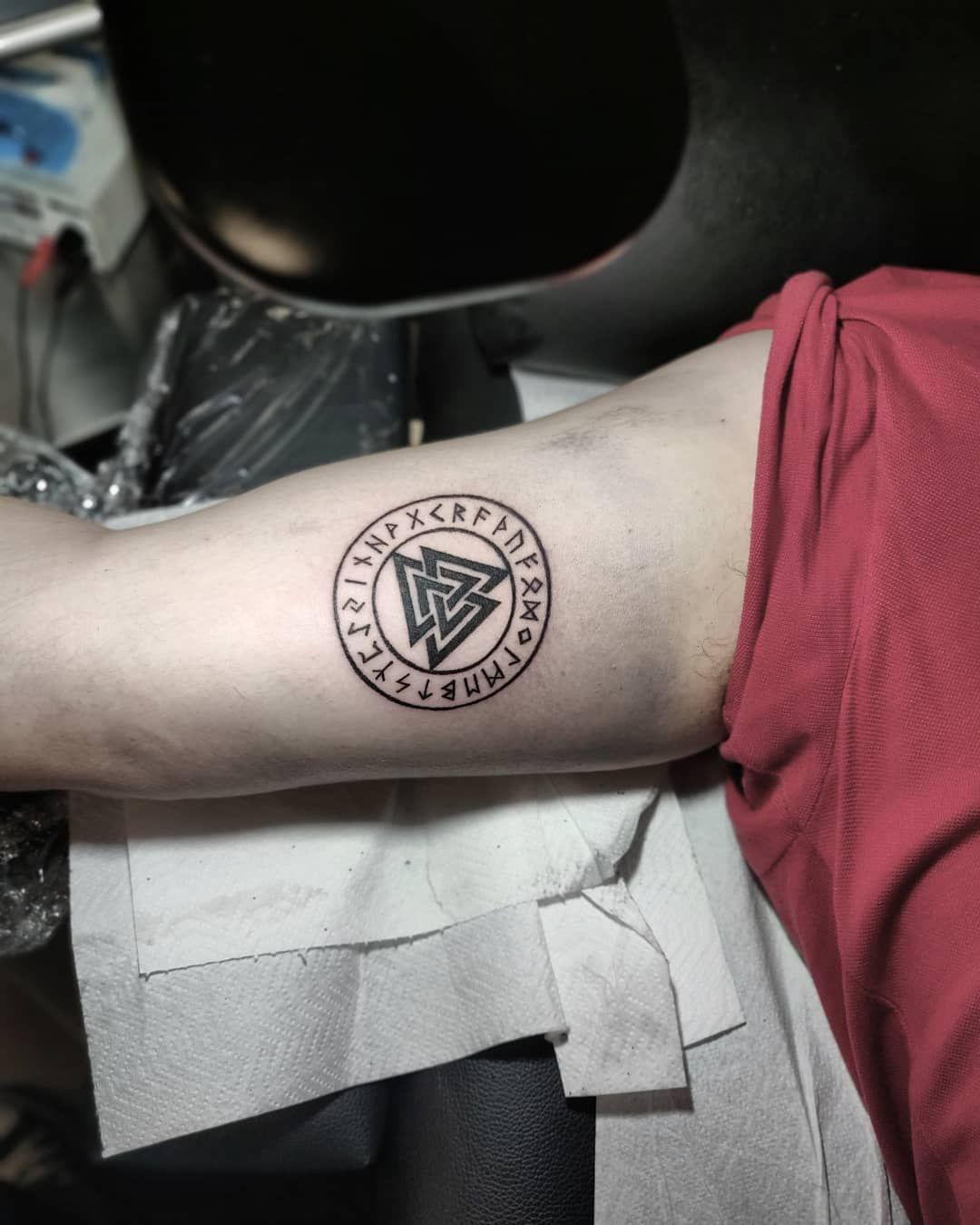 Pin de Missy Bailey em tattoo ideas Tatuagens viking