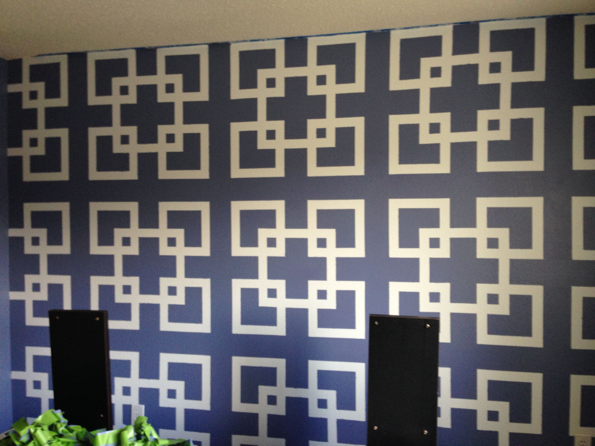 Cousin's #bedroom #wall #painted #pattern