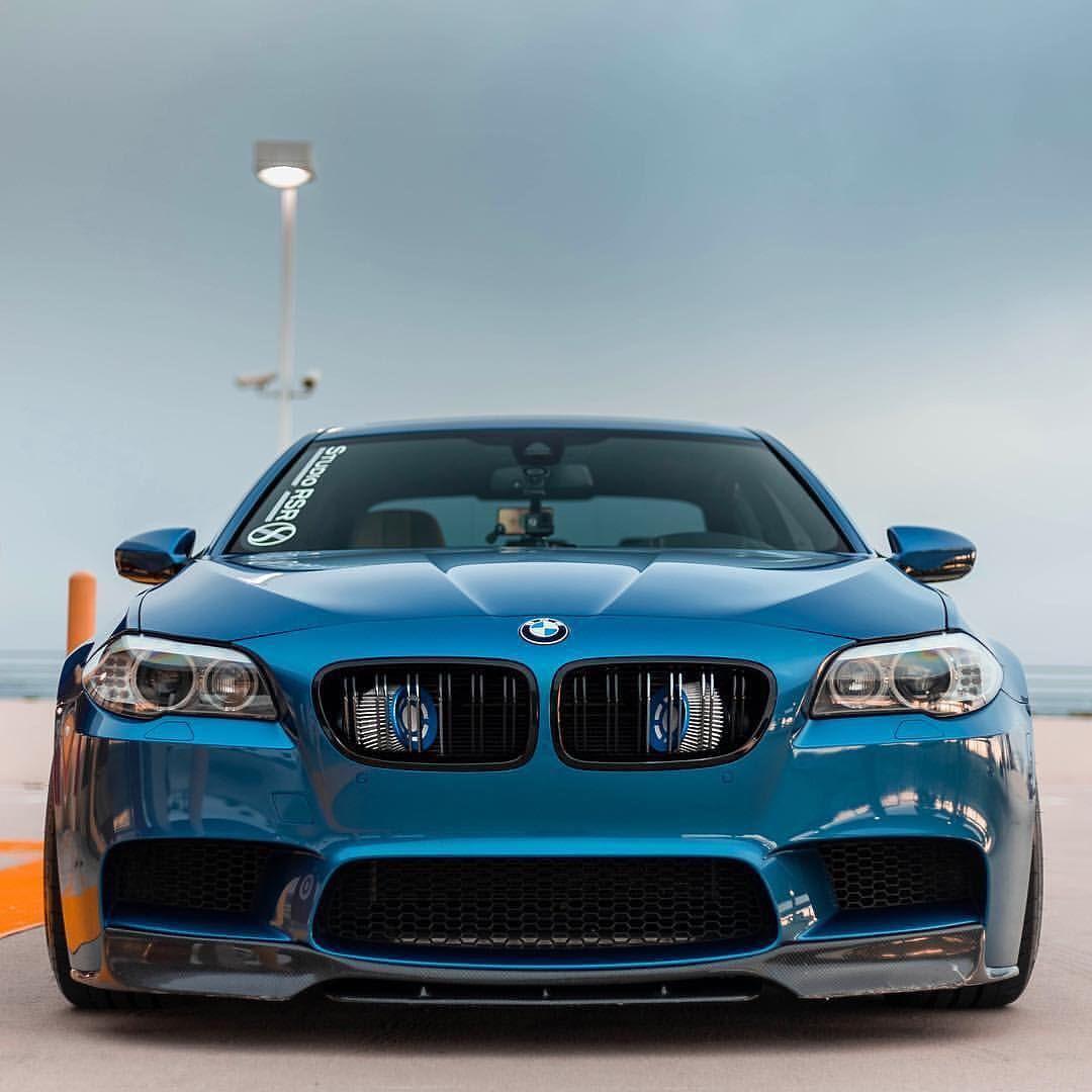 BMW F10 M5 blue   Автомобили