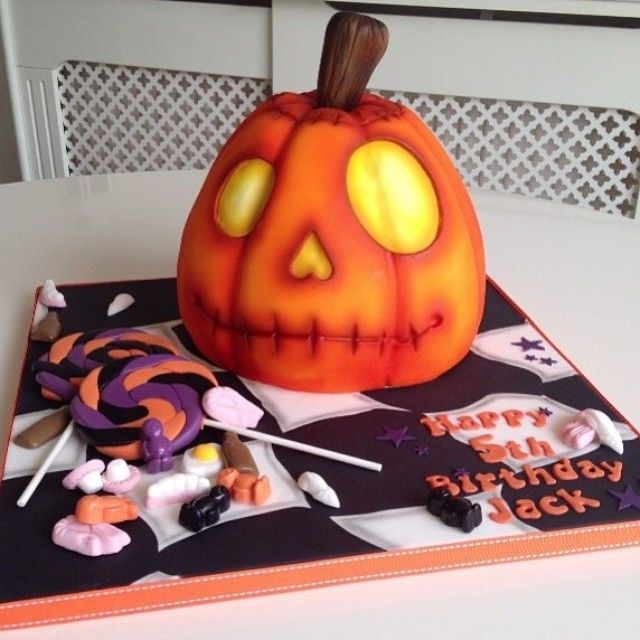 Pin by Kathy Mersino on Fall and Halloween Cakes Pinterest
