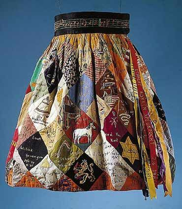 National Party Skirt, collection of the Resistance Museum Frieslan …