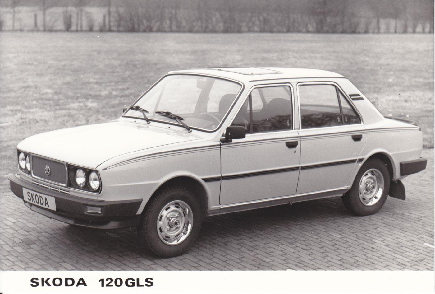 Skoda 120 Gls Skoda Car Exhibition Car Manufacturers