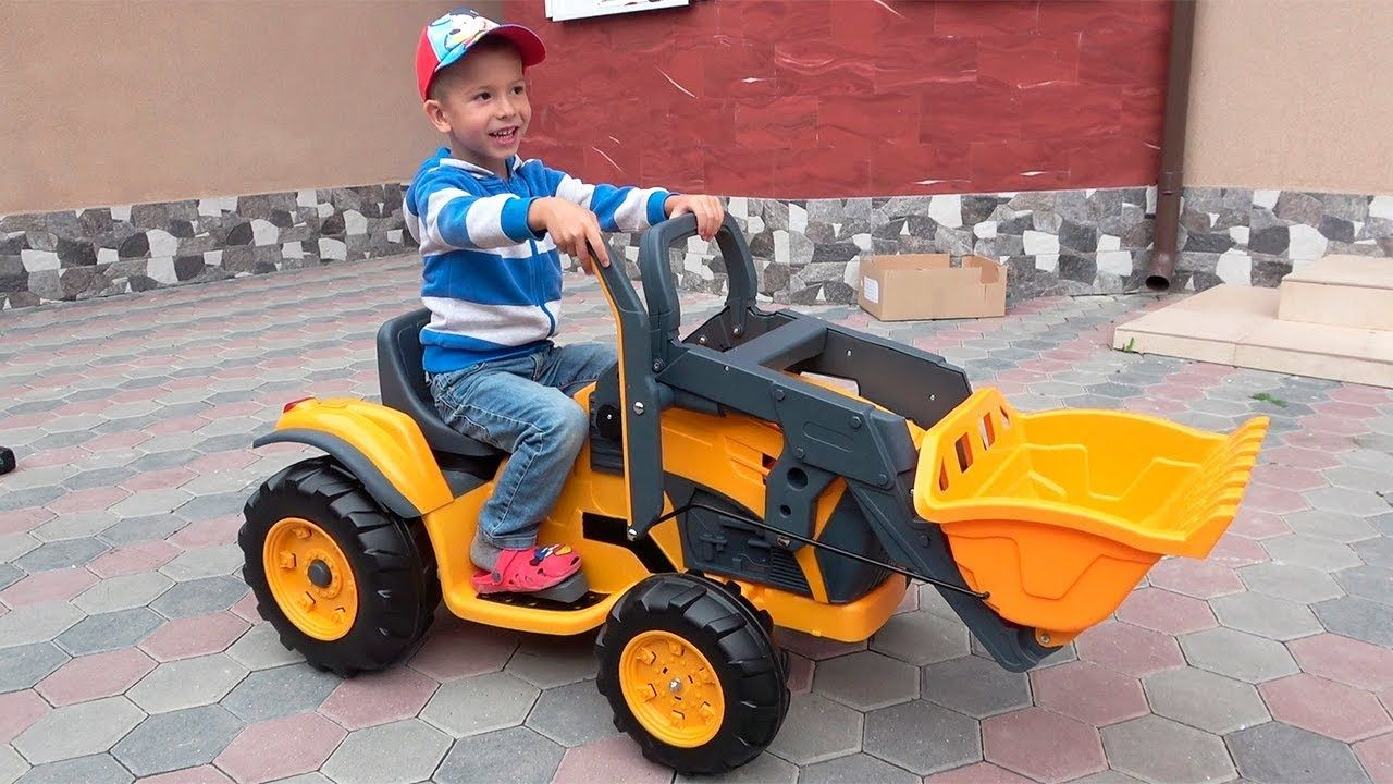 Unboxing and Assembling The POWER Wheel Kids Ride on