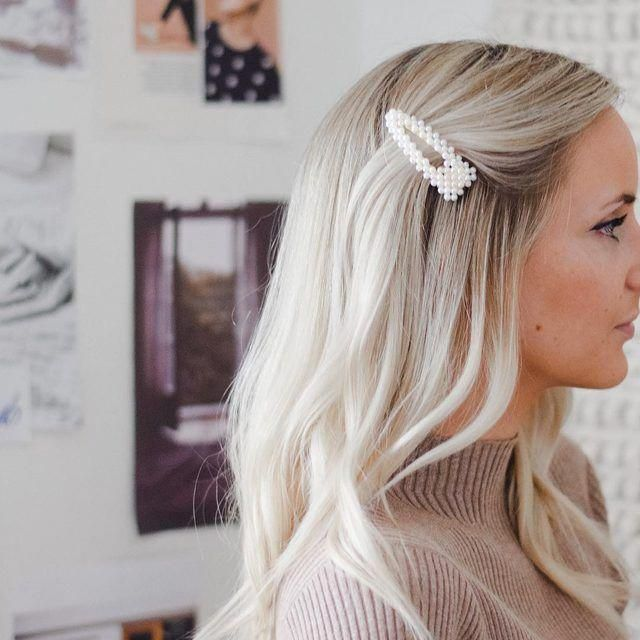 Virtual Hairstyle For Your Face: Scarlett Pearl Hair Clip Set In 2020