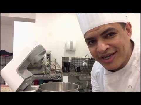 Chef ensina a preparar deliciosos macarons - YouTube
