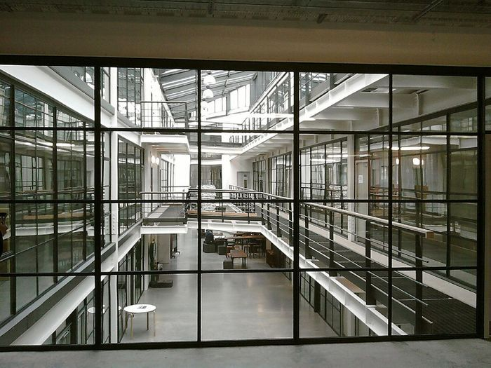 Steel Screens Are Bridging The Gap Atrium Windows Great Western Window Wall