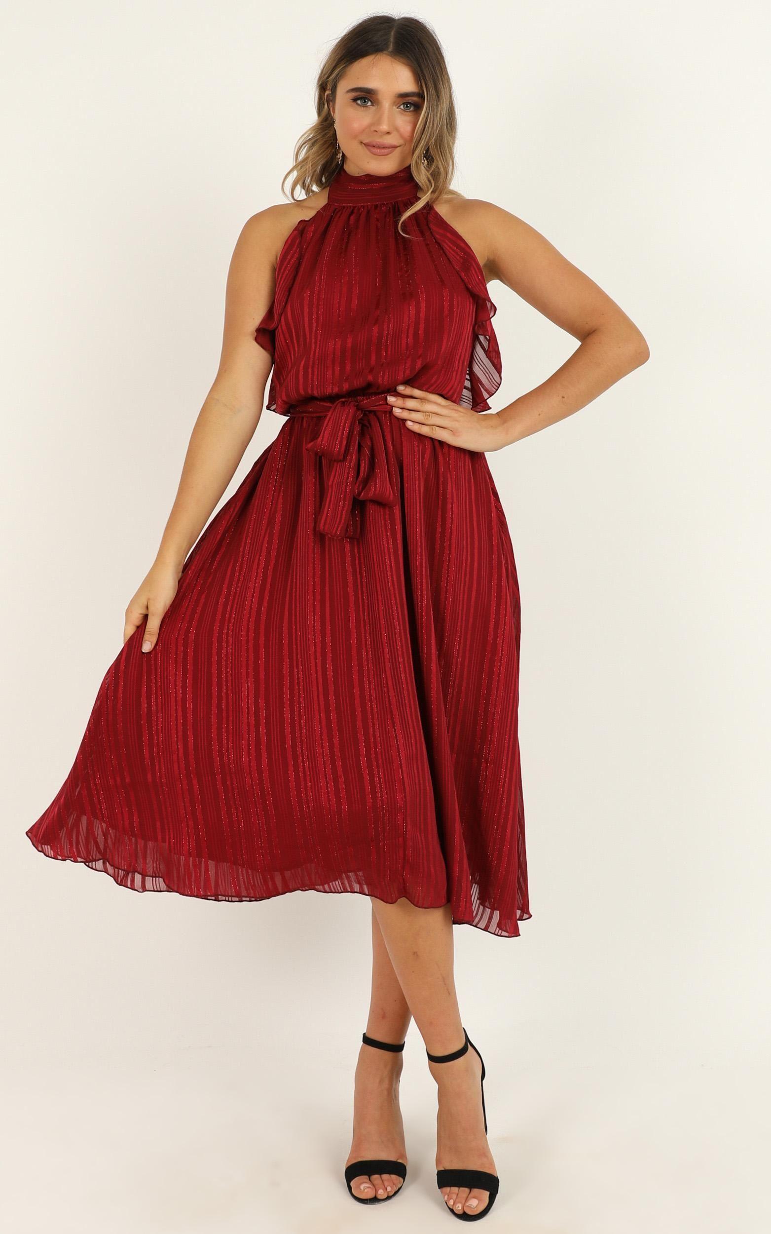 How Can I Breathe Dress In Wine In 2020 Dresses Women Dress Online Midi Dress [ 2500 x 1563 Pixel ]