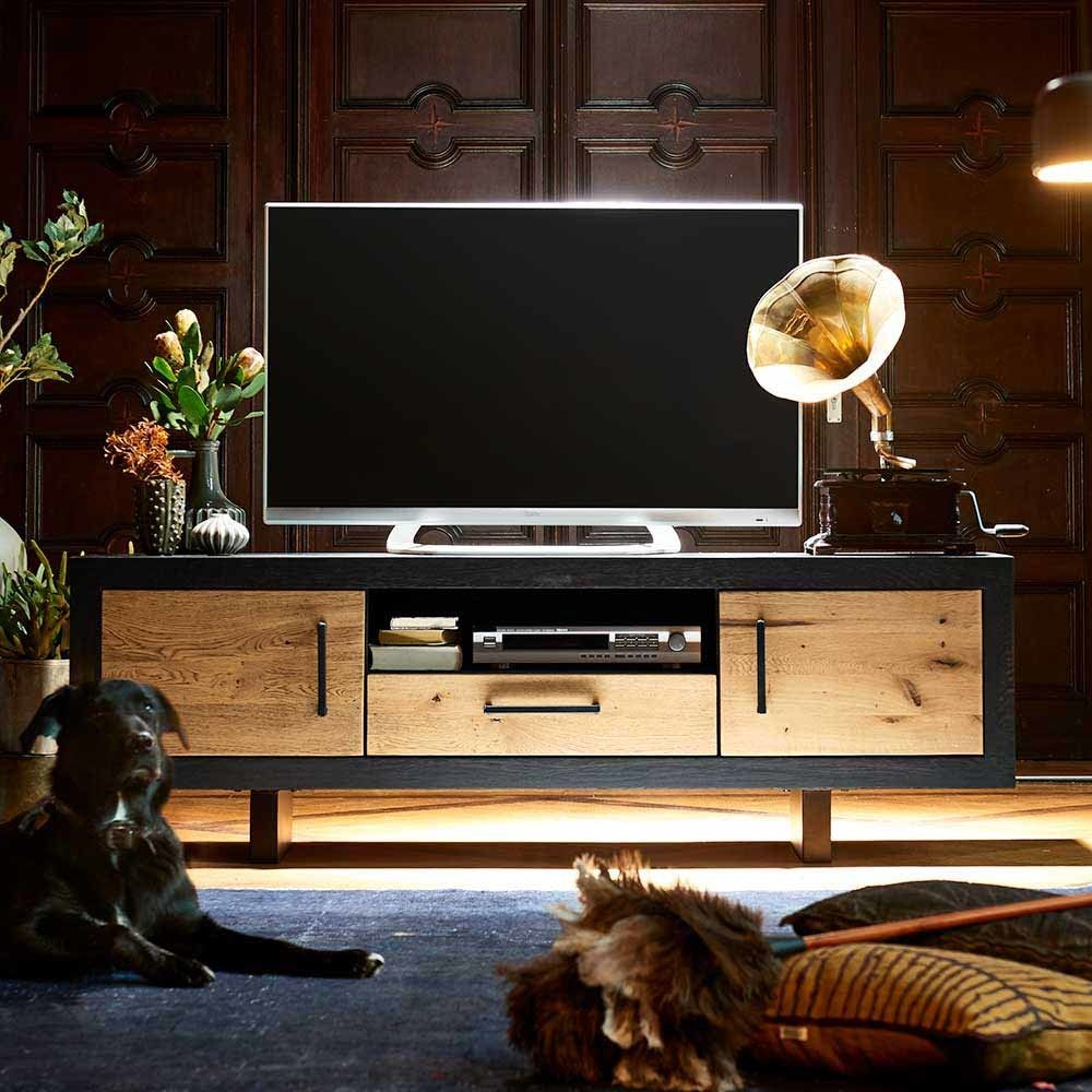 tv board aus eiche massivholz eisen schwarz antik jetzt. Black Bedroom Furniture Sets. Home Design Ideas