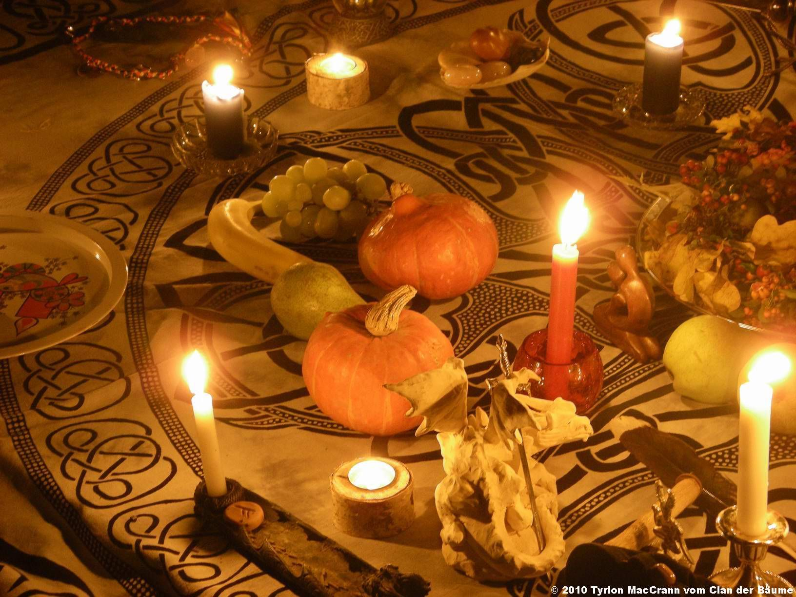 mabon ritual anthropology of religion Overview of religion in this tutorial, you will learn about the religious experience in general and some of its variations around the non-religious rituals.