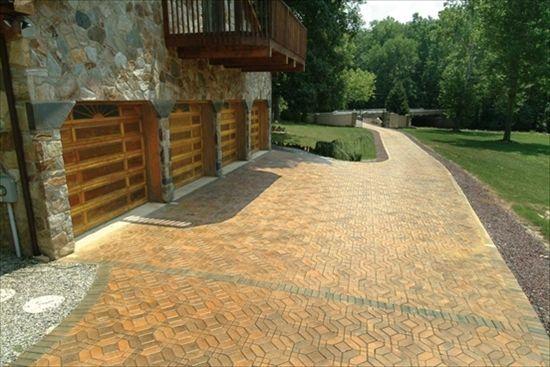 Beautiful driveway in EP Henry pavers. Venetian Parquet Pattern ...