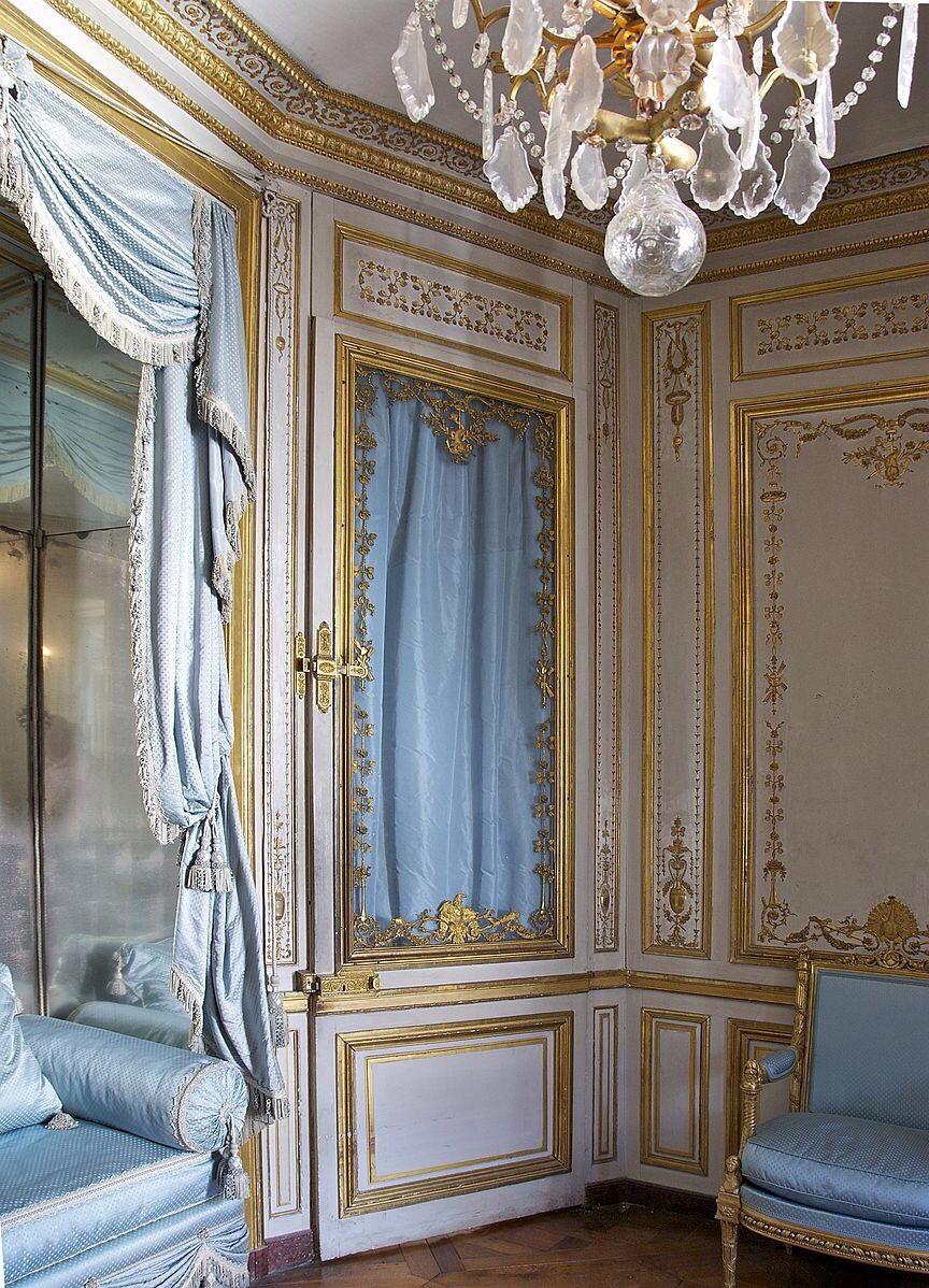 """LES LIAISONS DE MARIE ANTOINETTE:  A door in the """"cabinet de la méridienne"""" in the """"Petits appartements de la Reine"""" in Château de Versailles, France  Reference: Wikipedia, user Jeublon"""