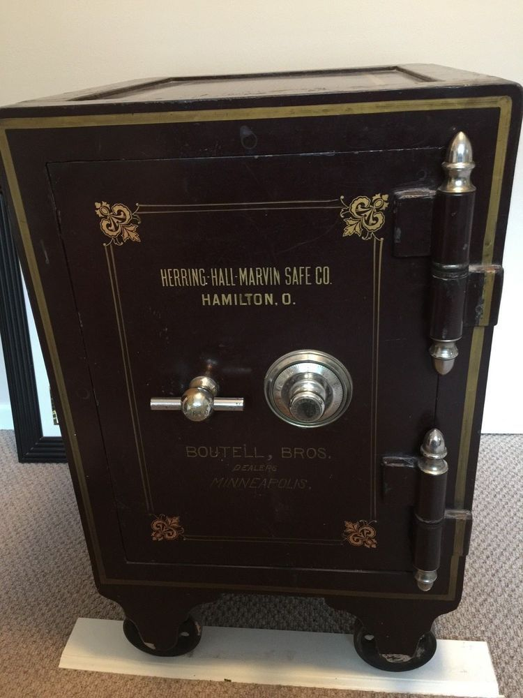 Antique SAFE Herring Hall Marvin Co. Boutell Bros. Dealers Minneapolis Great