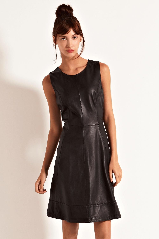 leather dress. Gorgeous.