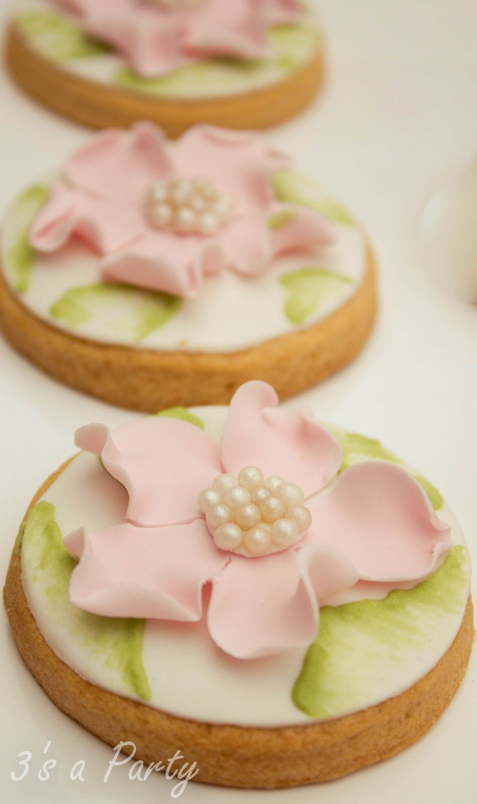 Flower and Pearls Iced Cookies - Sweet Blooms for your Enchanted Butterfly Garden Party