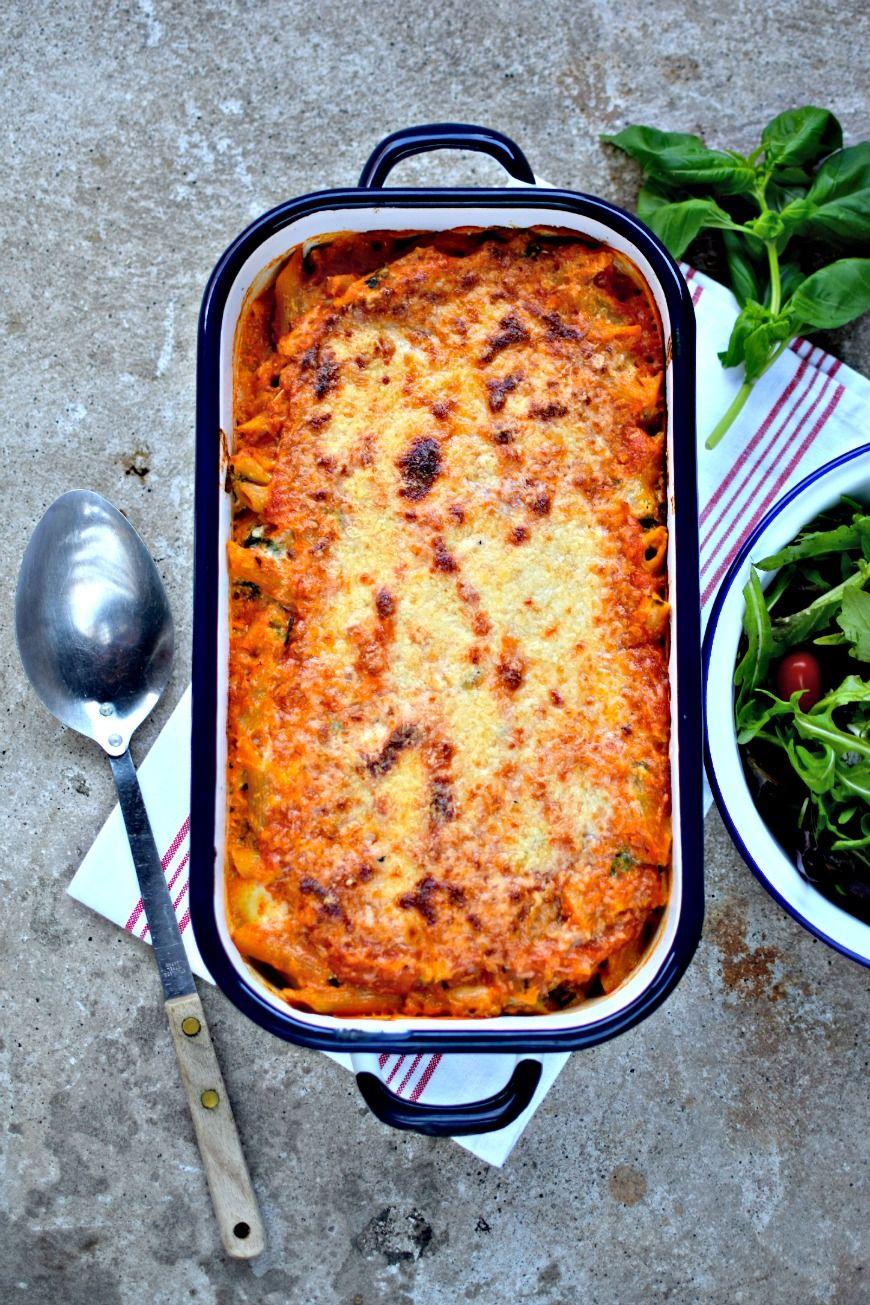 Cheesy Cauliflower and Winter Kale Pasta Bake