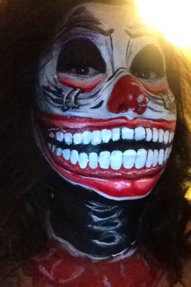 Halloween make up, I had so much fun painting my face. :)
