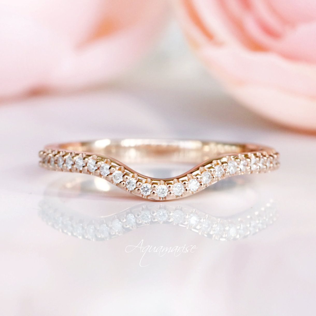 18k rose gold curved wedding band