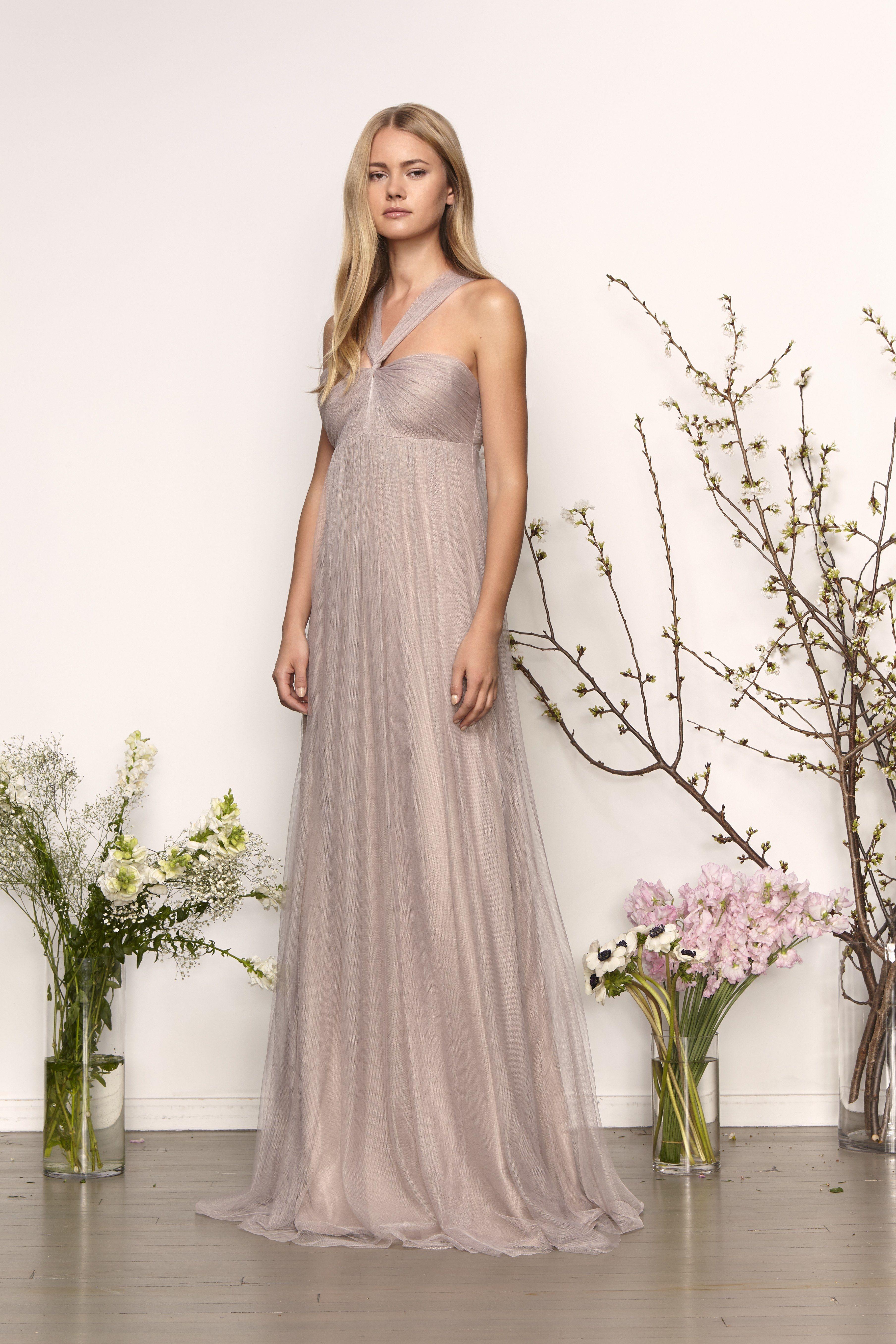 7074b615843f 25 Maternity Bridesmaids Dresses for Your Pregnant Bridesmaid | Brides