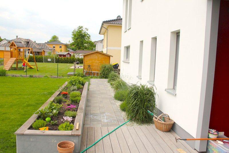 planung eines familiengarten in neuruppin hradil landschaftsarchitektur neuruppin. Black Bedroom Furniture Sets. Home Design Ideas