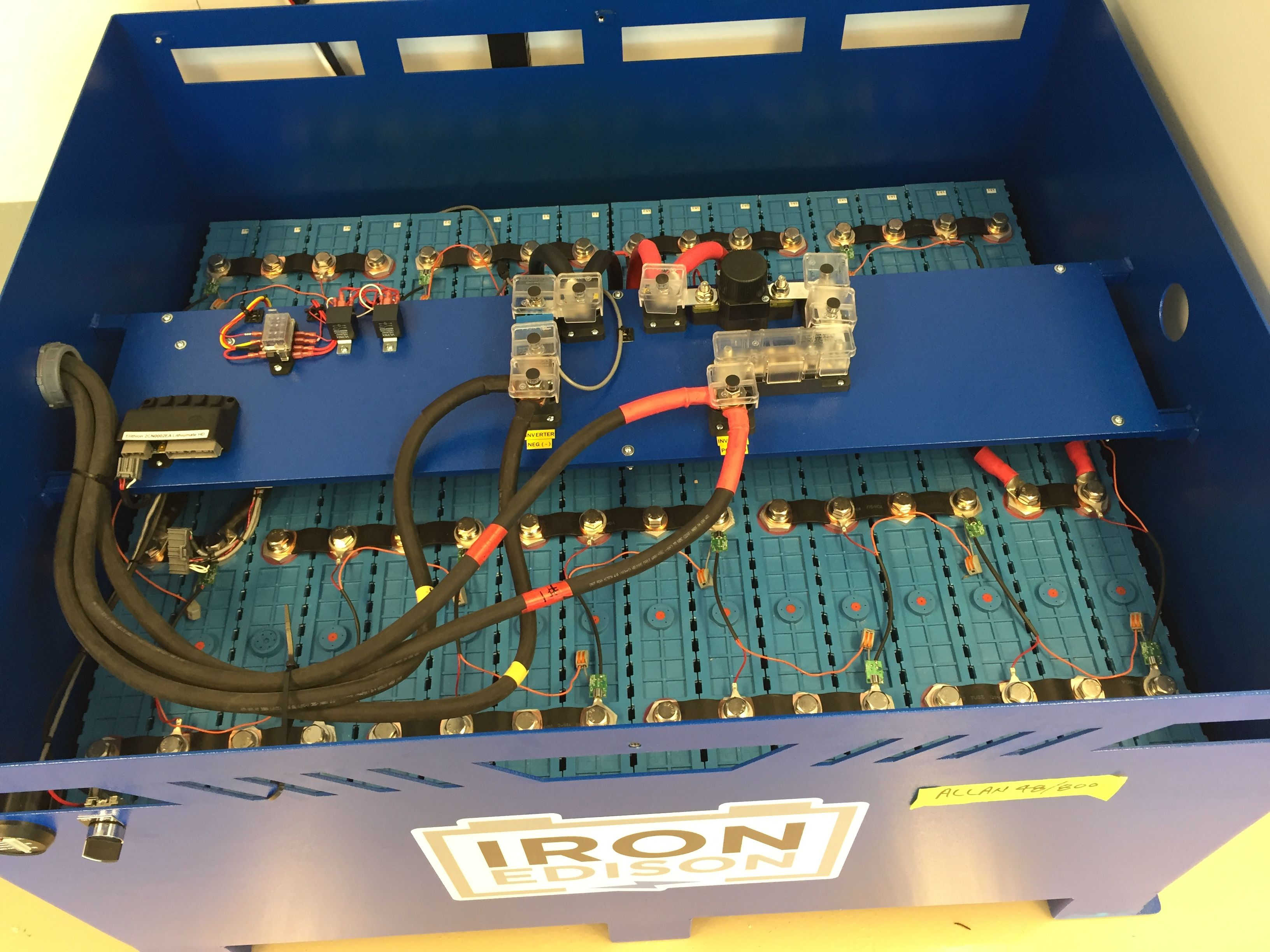 A Peak Under The Lid Of An 800Ah 48V Lithium Iron Battery Reveals