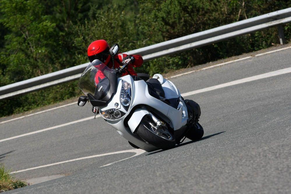 SYM Maxsym 600i ABS   Piaggio Beverly 500   Bike, Motorcycle, Vehicles