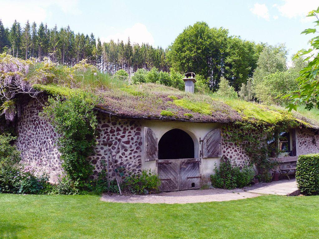 hobbit house earthships earth homes and more. Black Bedroom Furniture Sets. Home Design Ideas