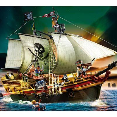 Bateau d'attaque des pirates (Noël 2012 chez papi et mamie)