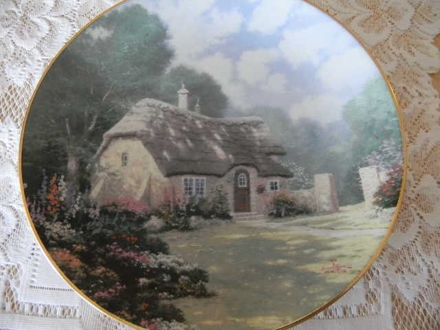 Thomas Kinkade  Stonegate Cottage  Collector Plate 8th Issue in the Garden Cottages of & Thomas Kinkade