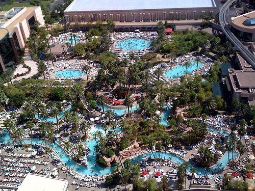 99 Las Vegas Pools Ideas Las Vegas Pool Las Vegas Vegas Pools