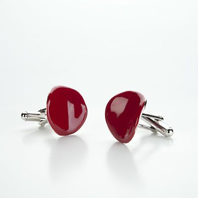 Chips.  ∅ approx. mm.20  Glossy red enamel.  Rhodium plated silver.  Polished finish.  T-bar back.  Enamel available in all colors.  These cufflinks come with a luxury case.