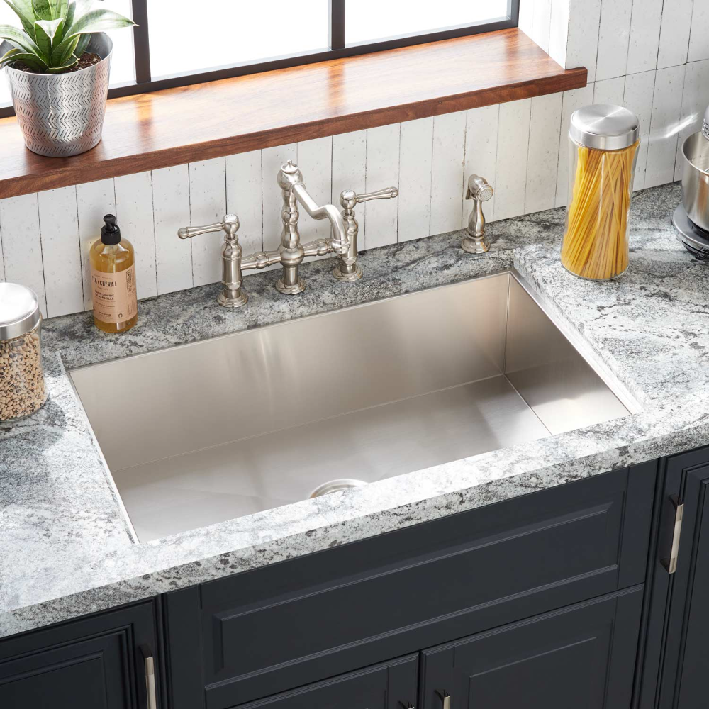 With A Large Single Basin The 33 In 2020 Drop In Kitchen Sink Stainless Steel Kitchen Sink Undermount Single Bowl Kitchen Sink
