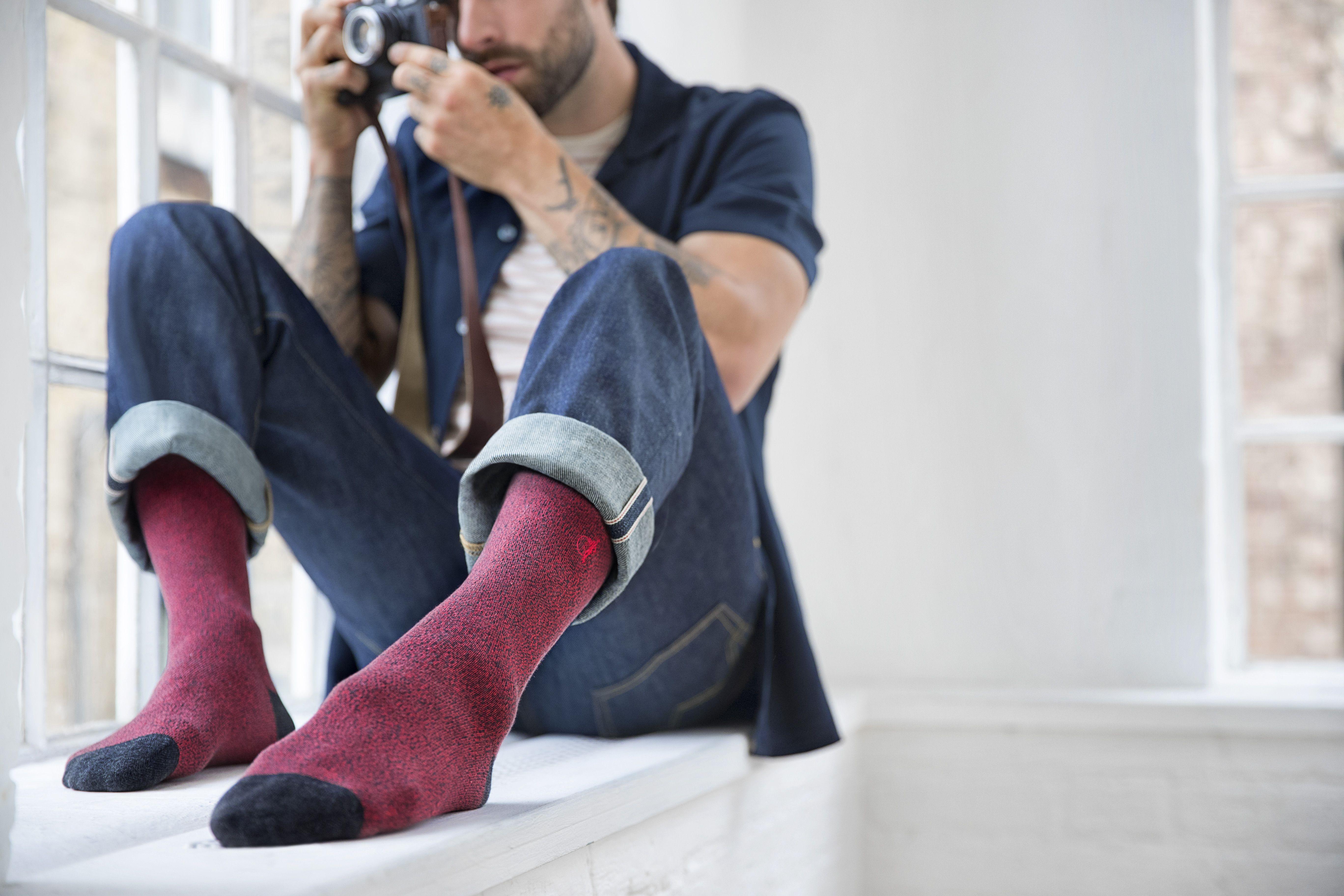 сегодня картинки про мужские носки надетые участвовала художественной самодеятельности