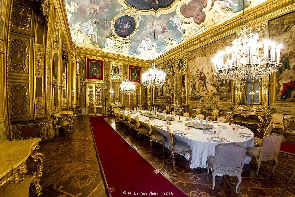 Palazzo reale di torino sala da pranzo italian for Sala di pranzo