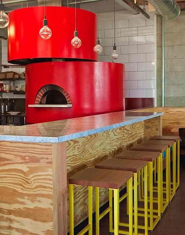 Best 25+ Pizza Restaurant Ideas On Pinterest