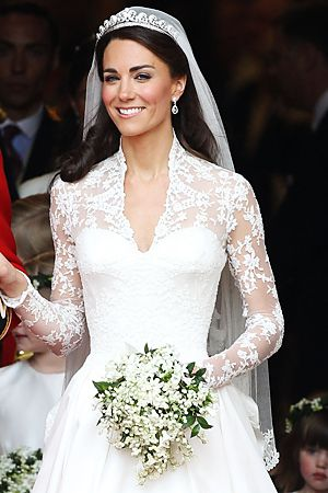 Kate middletons wedding flowers the meaning of the bouquet ok im going to admit to being a bit of a fan of princess kates wedding dress what i especially like is the corseted top bit under the lace though not junglespirit Images