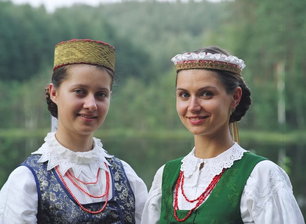 Lithuanian traditional clothes | Lithuanian traditional