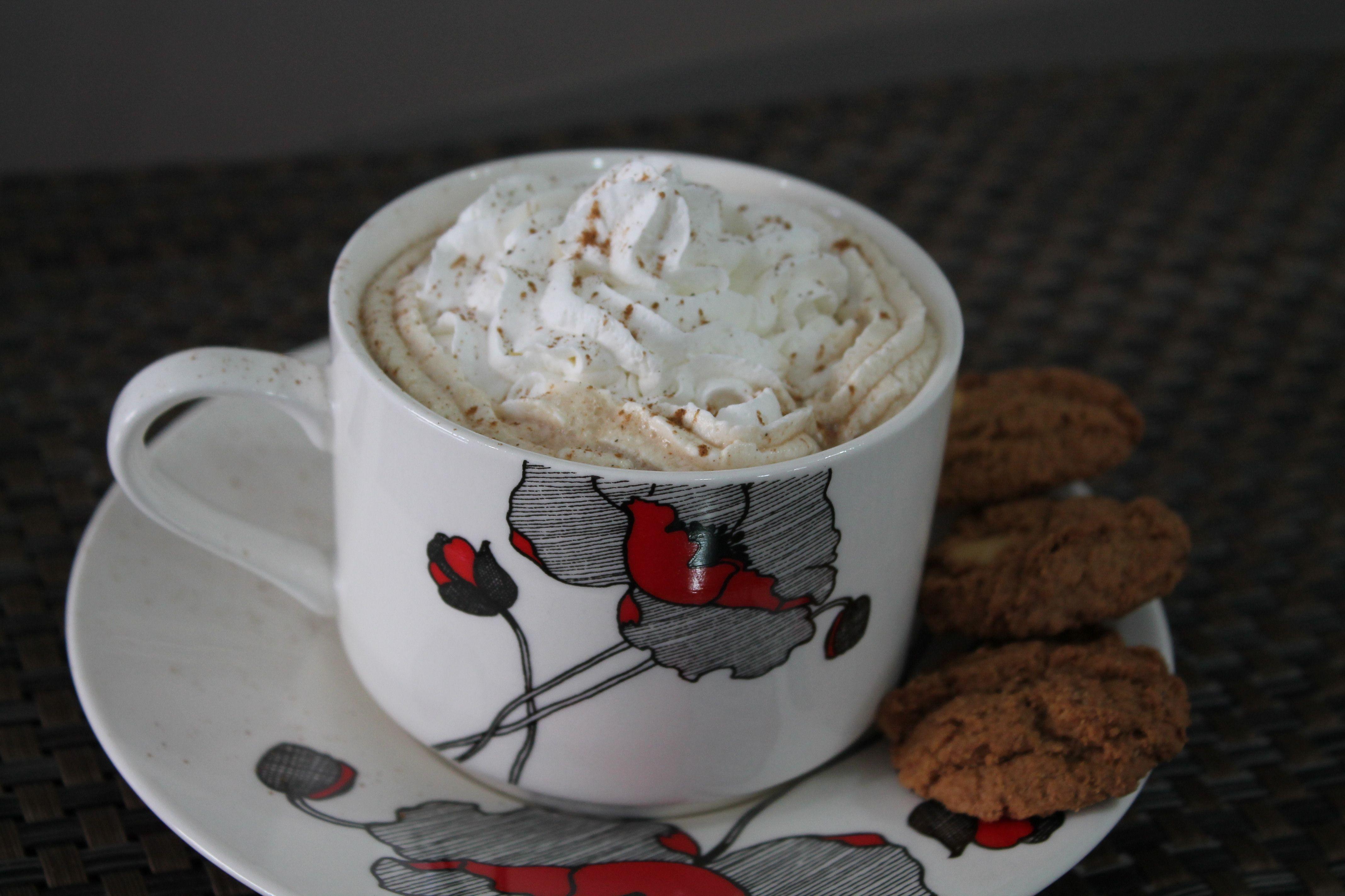 1 lata de leite em pó ninho 500 g  - 1 lata de chocolate em pó Nescau 400 g  - 1 pote de nescafé granulado 200 g  - 3 colheres de sopa (rasa) de canela em pó  - 2 xícaras (chá) de açúcar granulado  -
